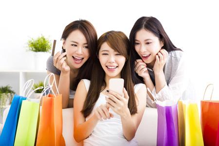 Mua sắm thả ga với nhiều ưu đãi cho chủ thẻ tín dụng