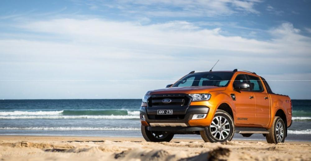 Ảnh xe Ford Ranger màu cam
