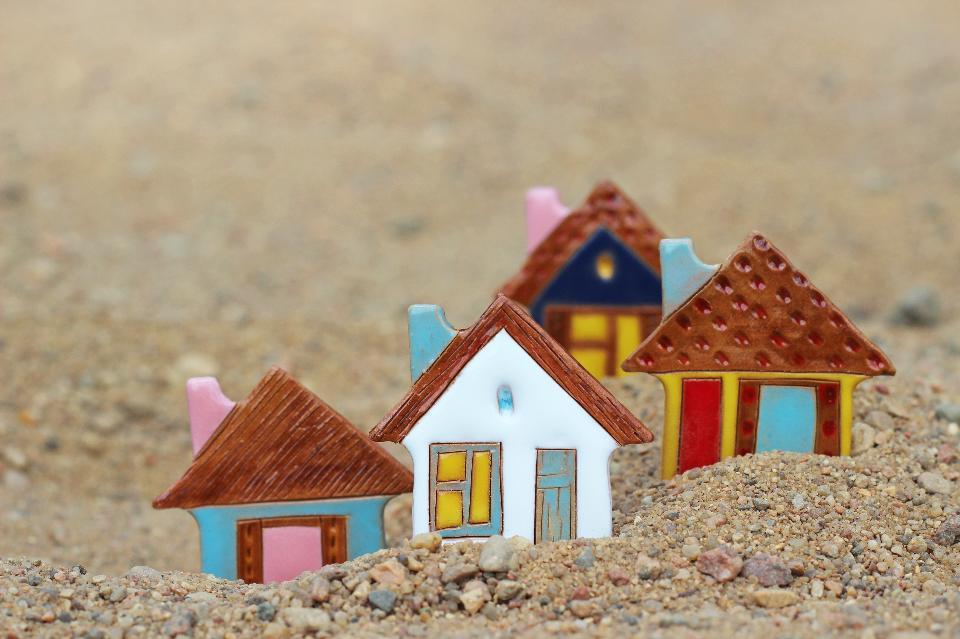 Cân nhắc việc có nên vay tiền mua đất không?