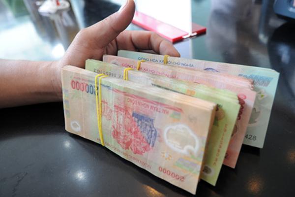 khách hàng có được các lợi ích khi vay tín chấp theo lương chuyển khoản