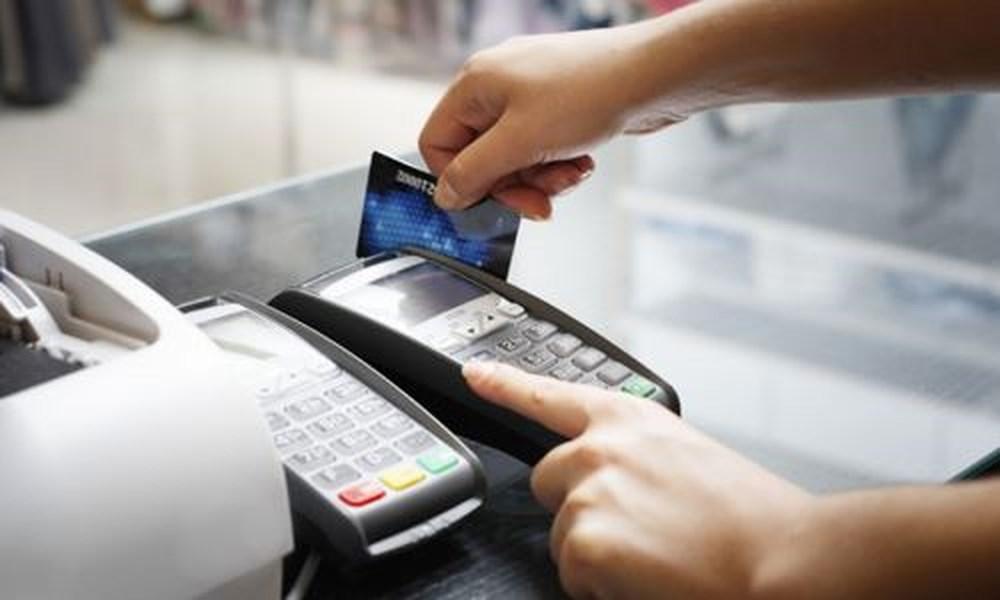 Rút tiền thẻ tín dụng tại các điểm POS