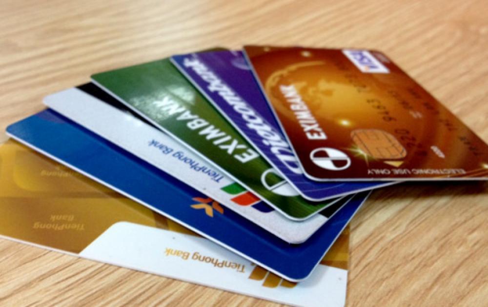Thẻ debit là gì