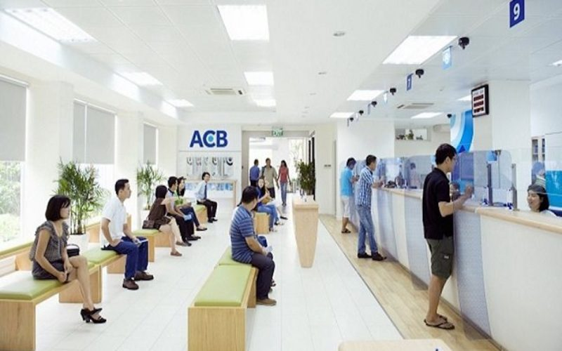 Lãi suất ngân hàng ACB cho khácha hngf gửi tiết kiệm
