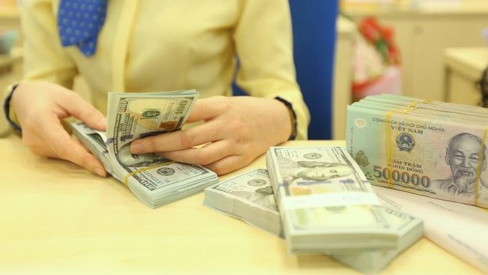 lãi suất liên ngân hàng thu hẹp chênh lệch