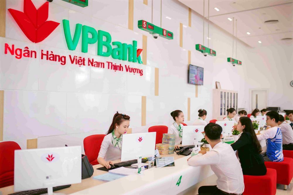 Khách hàng vay tín chấp ngân hàng VPBank 2018