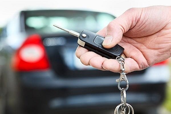 Vay mua xe cuối năm 2018 hay không?