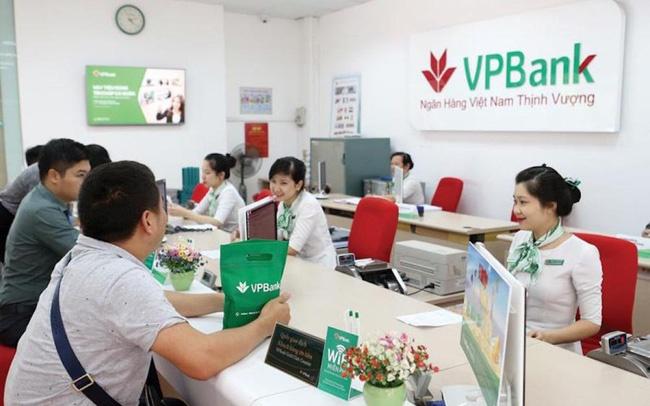 Khách hàng vay mua xe cuối năm 2018 ngân hàng VPBank