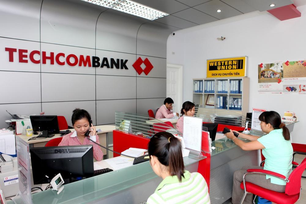 Khách hàng vay mua nhà ngân hàng Techcombank