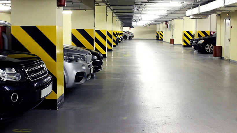 Khu vực gửi xe là vấn đề cần xem xét cẩn thận trước khi mua căn hộ chung cư.