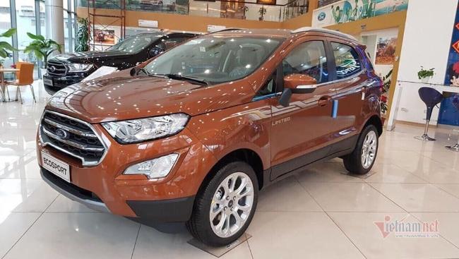 Ford EcoSport giảm giá 100 triệu đồng