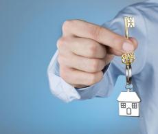 4 điều cần lưu ý khi vay tiền bạn bè, người thân để chi trả mua nhà, mua xe