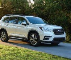 Subaru Ascent 2018 giá từ 748 triệu đối đầu Hyundai Santa Fe