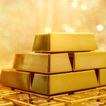 Tình hình châu Âu bất ổn khiến giá USD tăng mạnh, giá vàng rơi chạm đáy