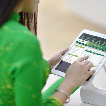 Chuyển tiền khác ngân hàng Vietcombank mất phí bao nhiêu ?