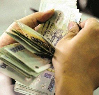 Lãi suất ngân hàng khó giảm
