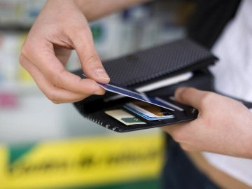 Thẻ thanh toán ngân hàng - Xu hướng phát triển tất yếu trong xã hội