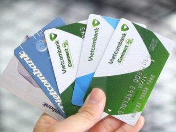 4 lý do bạn nên có cho mình một tấm thẻ ATM?