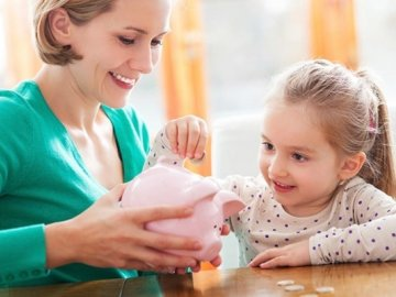 Bất ngờ với những lợi ích từ việc làm sổ tiết kiệm cho con