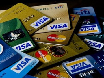 Phân biệt các loại thẻ ngân hàng đang được lưu hành hiện nay
