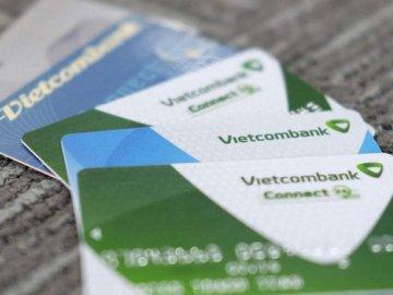 Vay tiền qua thẻ Vietcombank cần những thủ tục gì?