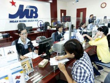 Cách tính tiền lãi ngân hàng MB khi khách hàng gửi tiền tiết kiệm và vay vốn