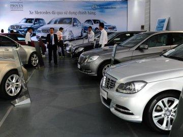 Các cửa hàng bán xe ô tô trả góp như thế nào?