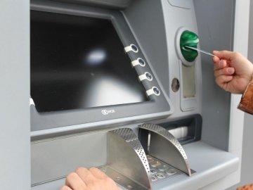 Cách chuyển khoản ngân hàng Vietcombank qua ATM cụ thể nhất