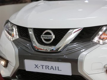 Hình ảnh mới nhất Nissan X-Trail V-Series mới tại đại lý, chuẩn bị bán ra