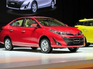 Vượt mặt Hyundai Grand i10 trong tháng Ngâu, Toyota Vios giành lại ngôi vương xe bán chạy