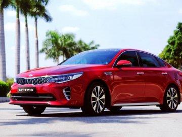 [Infographic]Top 10 ô tô có doanh số thấp nhất thị trường tháng 8: 7/10 xe của Nhật