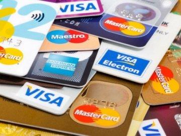 Những loại thẻ tín dụng hạn mức cao cho người lương 10 triệu