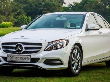 Vay mua xe ô tô Mercedes C200 trả góp cần chuẩn bị những giấy tờ gì?