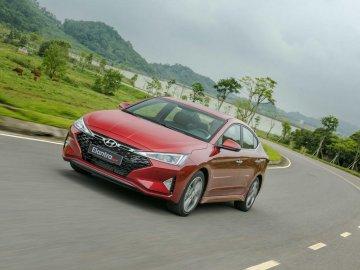 """Các hãng xe tại Việt Nam ngày càng thích ra mắt các """"phiên bản đặc biệt"""""""