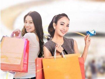 Vietcombank hoàn tiền 15% cho khách hàng mua sắm tại Diamond Plaza