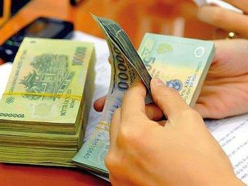 Ngân hàng đồng loạt giảm lãi suất huy động và cho vay