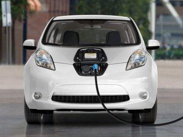 Từ A - Z thông tin về ô tô điện gia đình