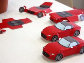 Các hãng xe sáng tạo trò chơi giúp khách hàng giải khuây khi ở nhà