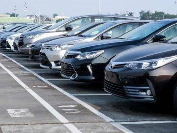 Có nên mua ô tô tồn kho?