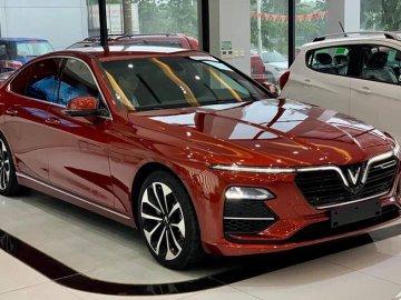 Ô tô Vinfast giảm giá gần 300 triệu đồng