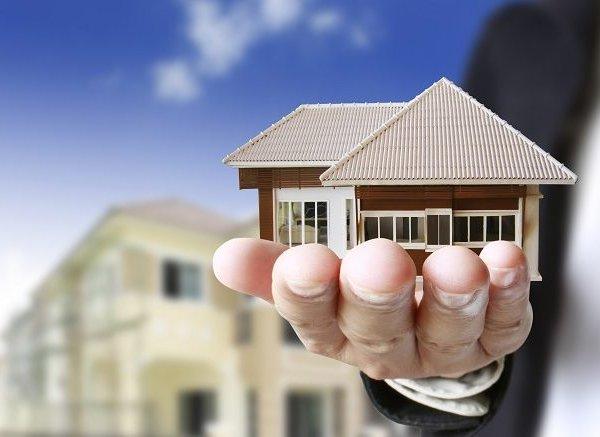 """Thị trường bất động sản không còn """"e dè"""" tháng cô hồn?"""