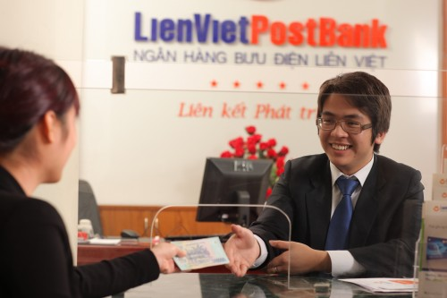 Lãi suất gửi tiết kiệm ngân hàng LienVietpost Bank năm 2019 là bao nhiêu?