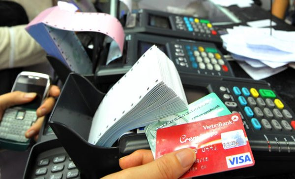 Lãi suất thẻ tín dụng các ngân hàng cập nhật mới nhất năm 2019