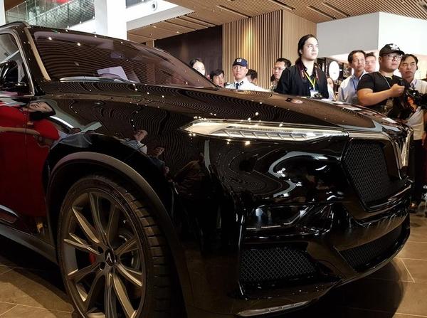 Cập nhật giá bán Vinfast Lux V8 mới nhất